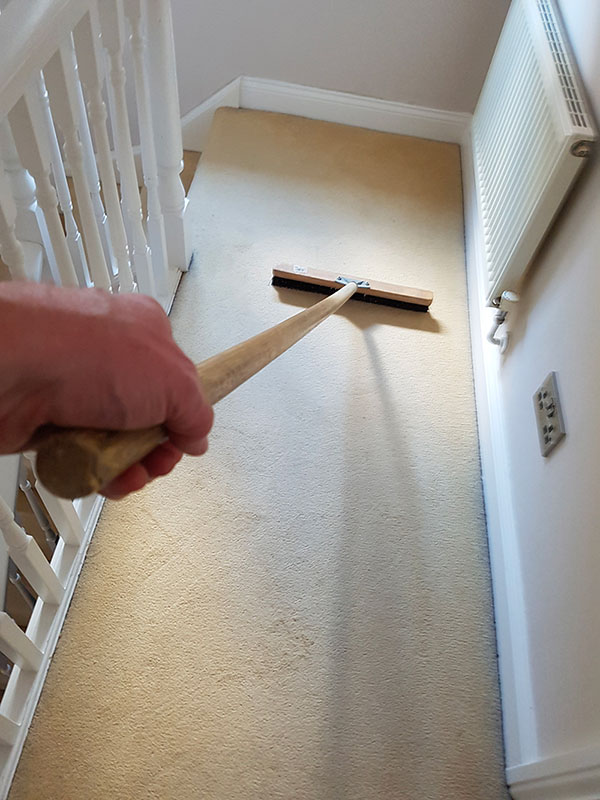 carpet brushing after pre spray